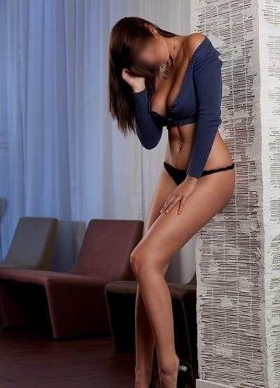 Sexy escort girl Joyce